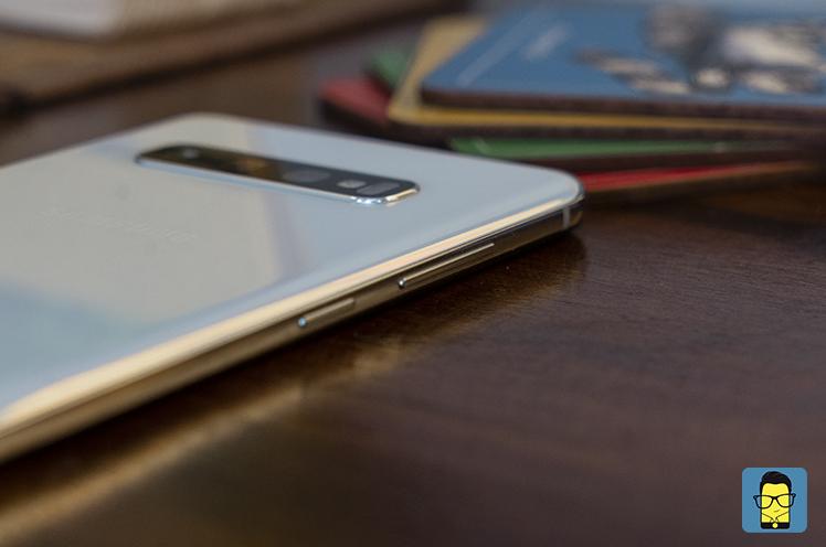 Samsung Galaxy S10+ 9