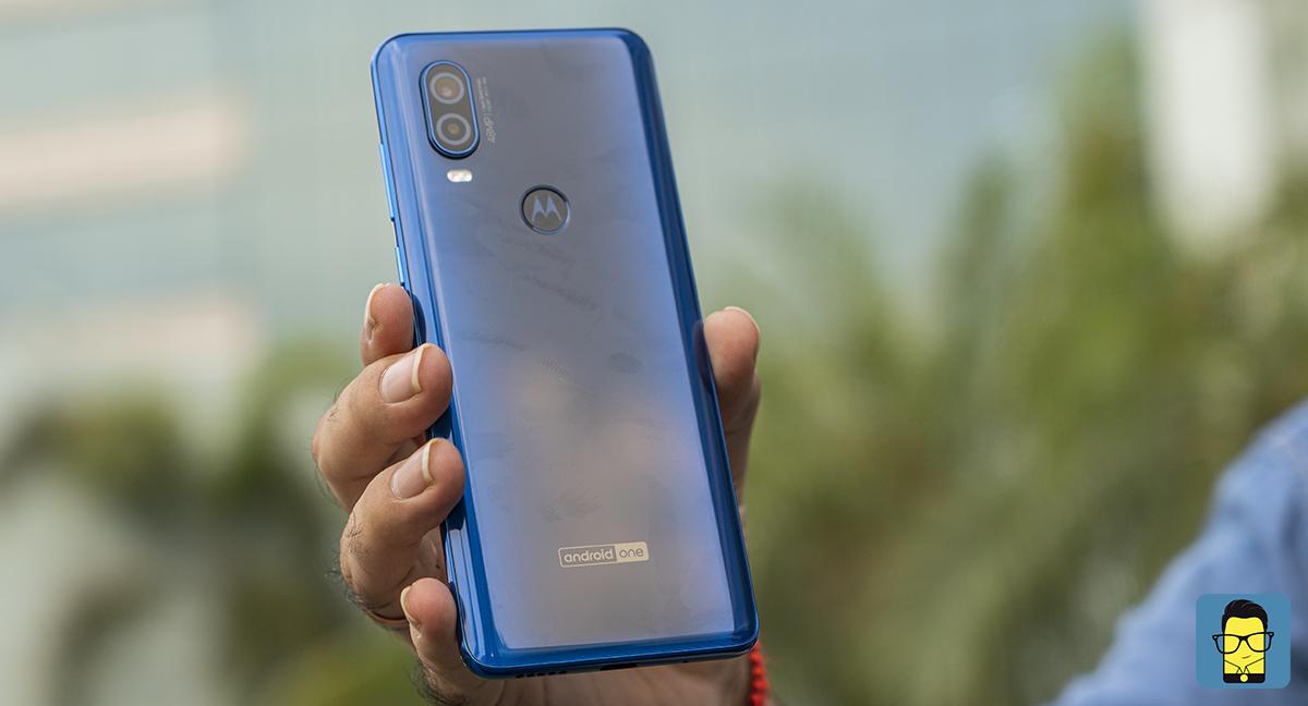 Motorola One Vision -8