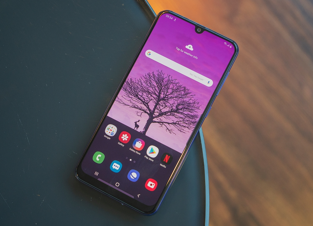 Samsung Galaxy A50s Review Flashy Design And Decent Performance