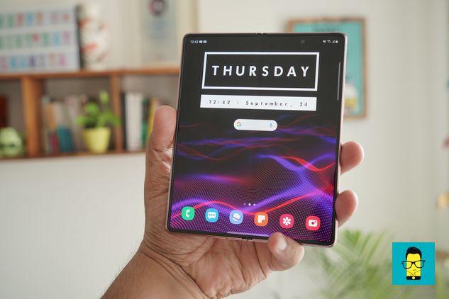 Samsung Galaxy Z Fold 2 – 5