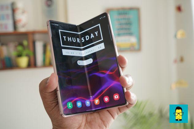 Samsung Galaxy Z Fold 2 – 6
