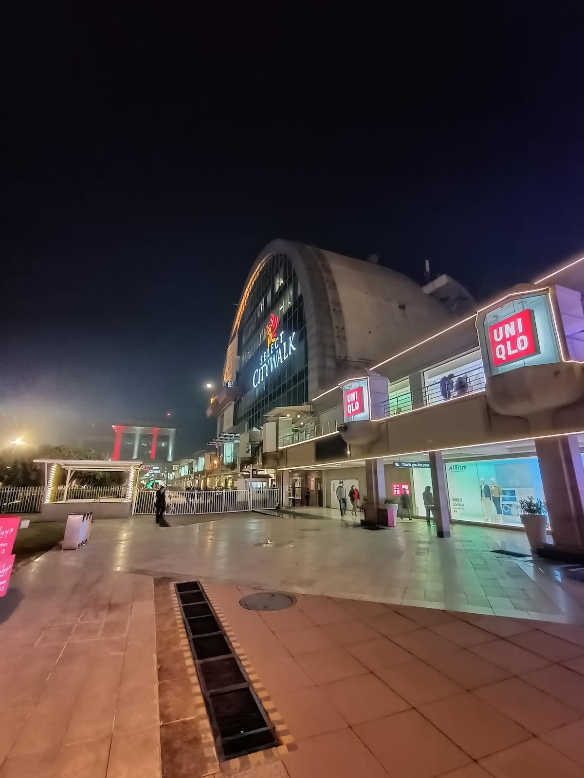 Ultra-wide Camera (Night Mode On)